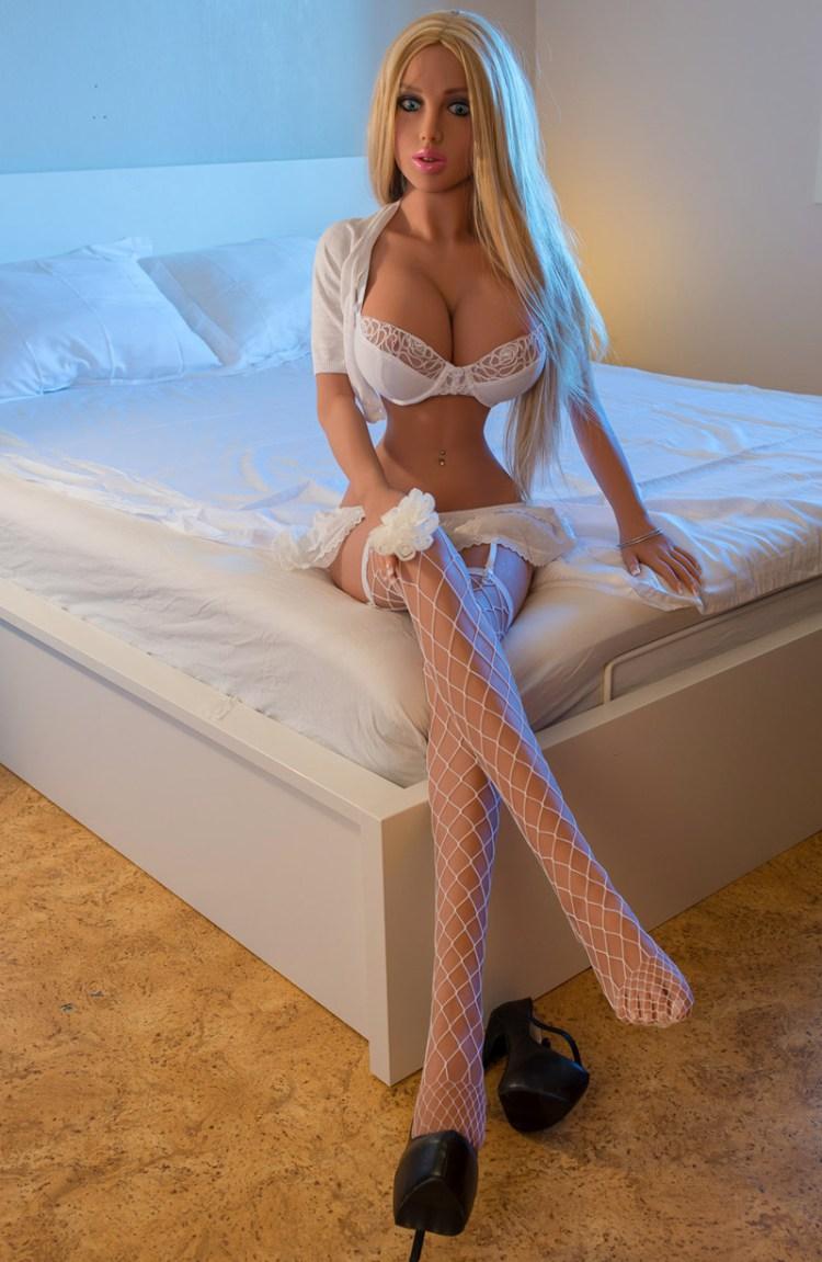 Проститутка робот фото