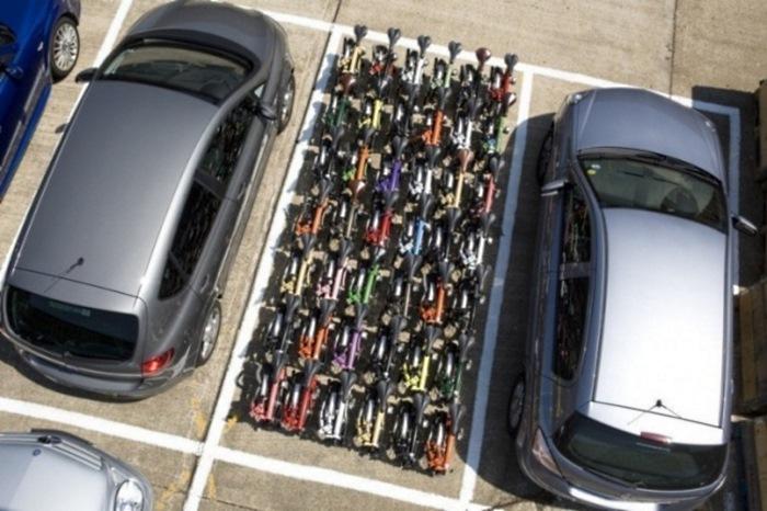 Шведские власти бесплатно раздают велосипеды всем желающим. А всё ради одной цели...